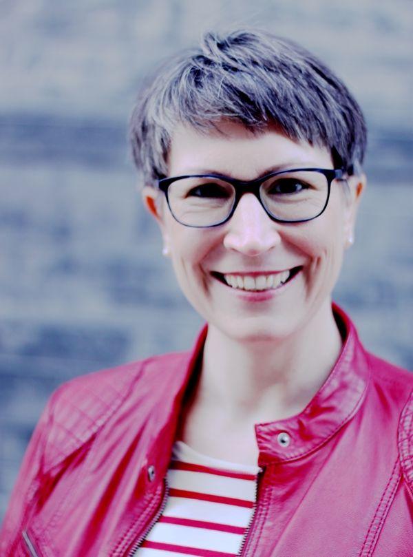 Ines-Meyrose-Portrait_i